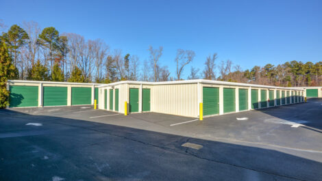 Storage Buildings Space Shop Self Storage Facility on 7105 Old National Hwy in Riverdale, GA
