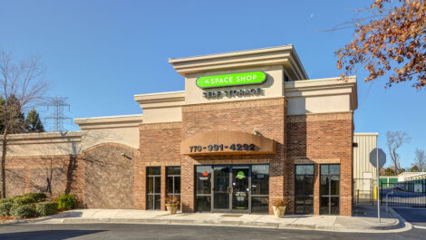 Image of Space Shop Self Storage Facility on 7105 Old National Hwy in Riverdale, GA.